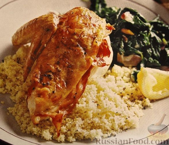 Рецепт Курица с прошутто, кускусом и шпинатом