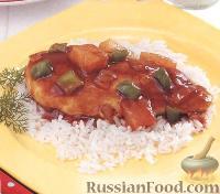 Фото к рецепту: Курица с ананасами и медовым соусом