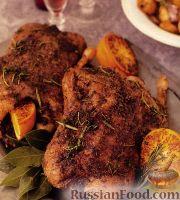 Фото к рецепту: Утка жареная, рождественская, под винным соусом