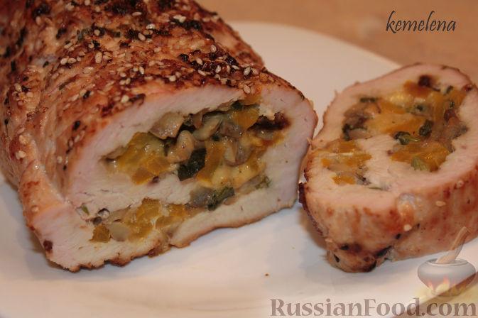 Рецепт Рулет из индейки (или свинины) с шампиньонами и болгарским перцем