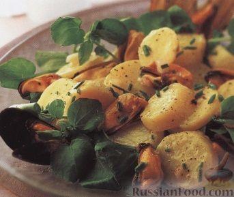 Рецепт Теплый картофельный салат с мидиями