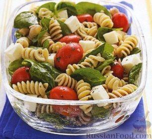 Итальянский салат с макаронами фото