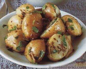 Рецепт Ароматный молодой картофель с чесночным маслом