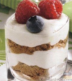 Рецепт Сливочный десерт с ягодами