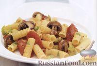 Фото к рецепту: Макароны с копченой колбасой и грибами