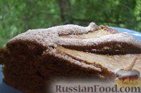 Фото к рецепту: Шоколадно-кофейный пирог с грушей