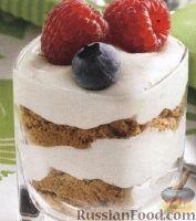 Фото к рецепту: Сливочный десерт с ягодами