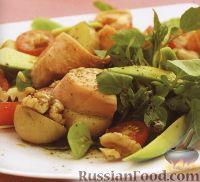 Фото к рецепту: Салат из лосося, картофеля и зелени