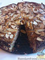 Фото к рецепту: Клубнично-миндальный пирог