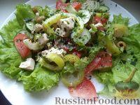 """Фото к рецепту: Овощной салат """"Взрыв вкуса"""" с тофу"""