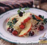 Фото к рецепту: Салат из кислой капусты