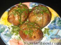 Фото к рецепту: Картофель, запеченный с кожурой в духовке