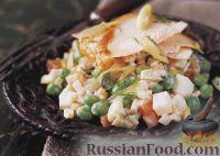 Фото к рецепту: Салат оливье с индейкой