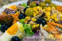 Фото к рецепту: Средиземноморский салат (ensalada mediterranea)
