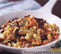 Фото к рецепту: Жареные грибы с корнеплодами