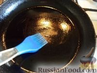 Фото приготовления рецепта: Простой рецепт блинов - шаг №11