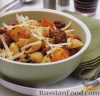 Фото к рецепту: Паста с печеной тыквой и мясным соусом