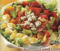Фото к рецепту: Салат со свеклой, индейкой и авокадо