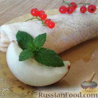Фото к рецепту: Блинчики с медово-яблочной начинкой
