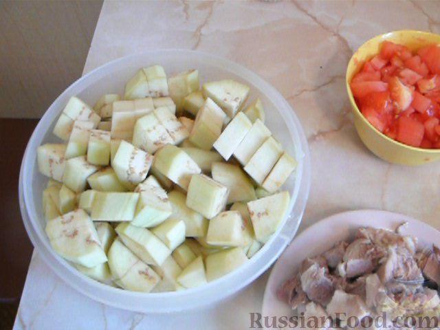 Фото приготовления рецепта: Суп с баклажанами - шаг №3