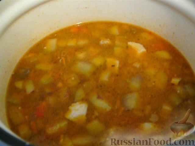 Фото приготовления рецепта: Суп с баклажанами - шаг №8