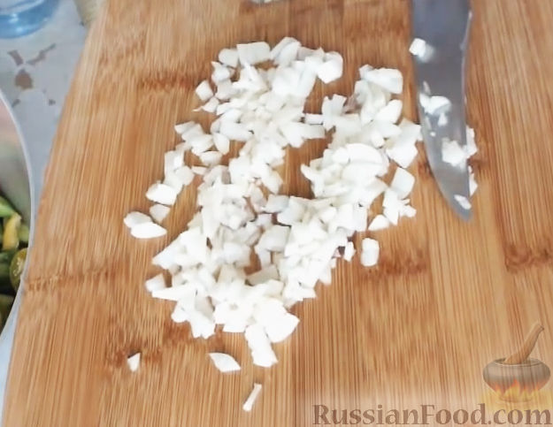 Рецепт заготовки салатов на зиму с помидорами и огурцами