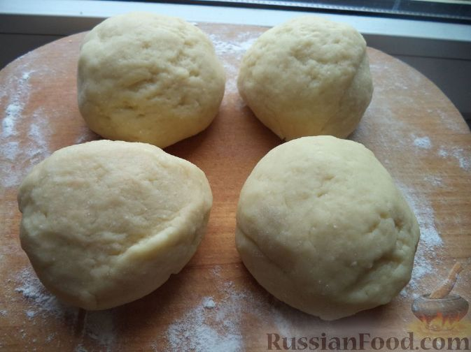Рецепты сдобного теста на пирожки на сухих дрожжах