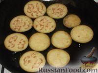 Фото приготовления рецепта: Жареные баклажаны с чесноком - шаг №3