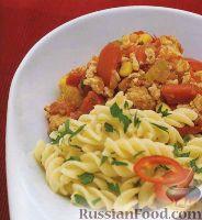 Фото к рецепту: Паста с томатно-мясным соусом