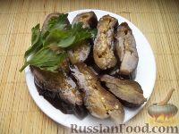 Фото к рецепту: Соленые баклажаны с пряностями и чесноком