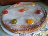 """Фото к рецепту: Быстрый бисквитный торт """"Мгновение"""""""