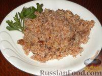 Фото к рецепту: Пшеничная каша с мясом