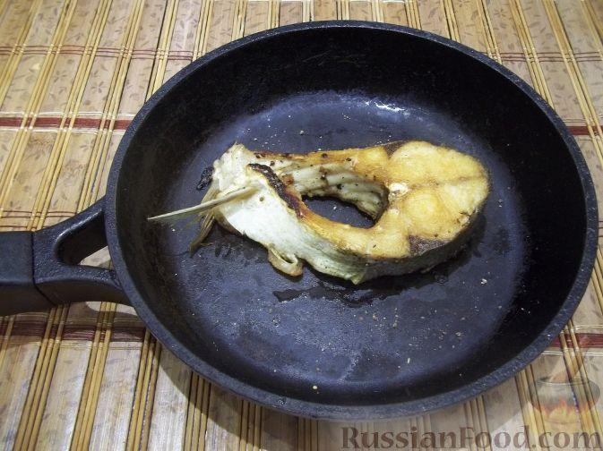 Фото приготовления рецепта: Дрожжевой пирог с картошкой, грибами и зелёным луком - шаг №6