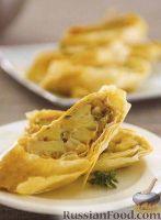 Фото к рецепту: Штрудель с яблоками и сыром