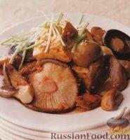Фото к рецепту: Грибной соус с сыром тофу