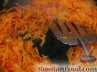Фото приготовления рецепта: Щи с квашеной капустой и курицей - шаг №4
