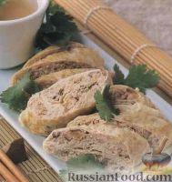 Фото к рецепту: Закусочный паровой рулет