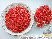 Фото к рецепту: Слоеный крабовый салат с сулугуни