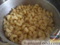 Фото приготовления рецепта: Макароны по-флотски с курицей и сыром - шаг №6