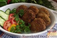 """Фото к рецепту: Шницели """"Охотничьи"""" из рубленого мяса"""