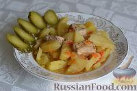 Фото к рецепту: Картофель, тушенный с рёбрышками в мультиварке
