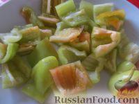 Фото приготовления рецепта: Овощное рагу с курицей - шаг №7
