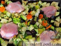 Фото приготовления рецепта: Овощное рагу с курицей - шаг №12