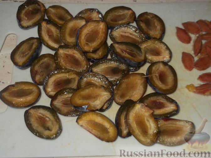 Фото приготовления рецепта: Желе из сливы - шаг №2