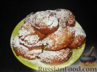 Фото к рецепту: Рисовые дрожжевые пончики