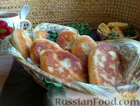 Фото к рецепту: Пышные пирожки с горохом