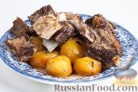 """Фото к рецепту: """"Пирожок"""" (тушеное мясо с картошкой)"""
