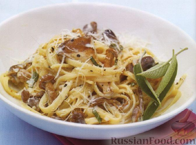 Рецепт Лапша с грибами в сливочном соусе