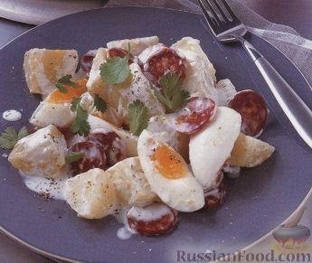 Рецепт Картофельный салат с колбасками и яйцами