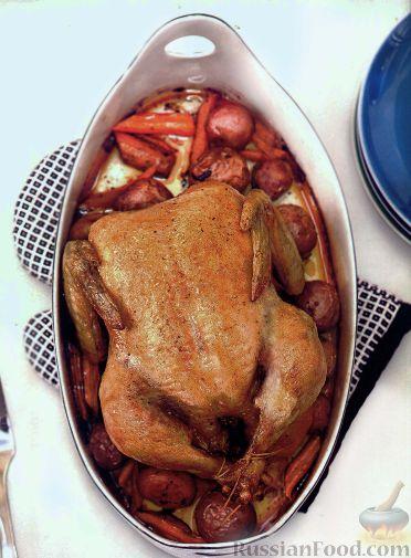 Рецепт Курица, запеченная с картофелем, морковью и свежим тимьяном